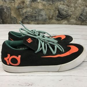 Nike Kd Sneakers Size 6 Leather Athletic Shoes